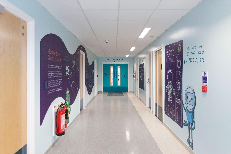 Royal manchester children s hospital the hammo - Corridor entrance ...